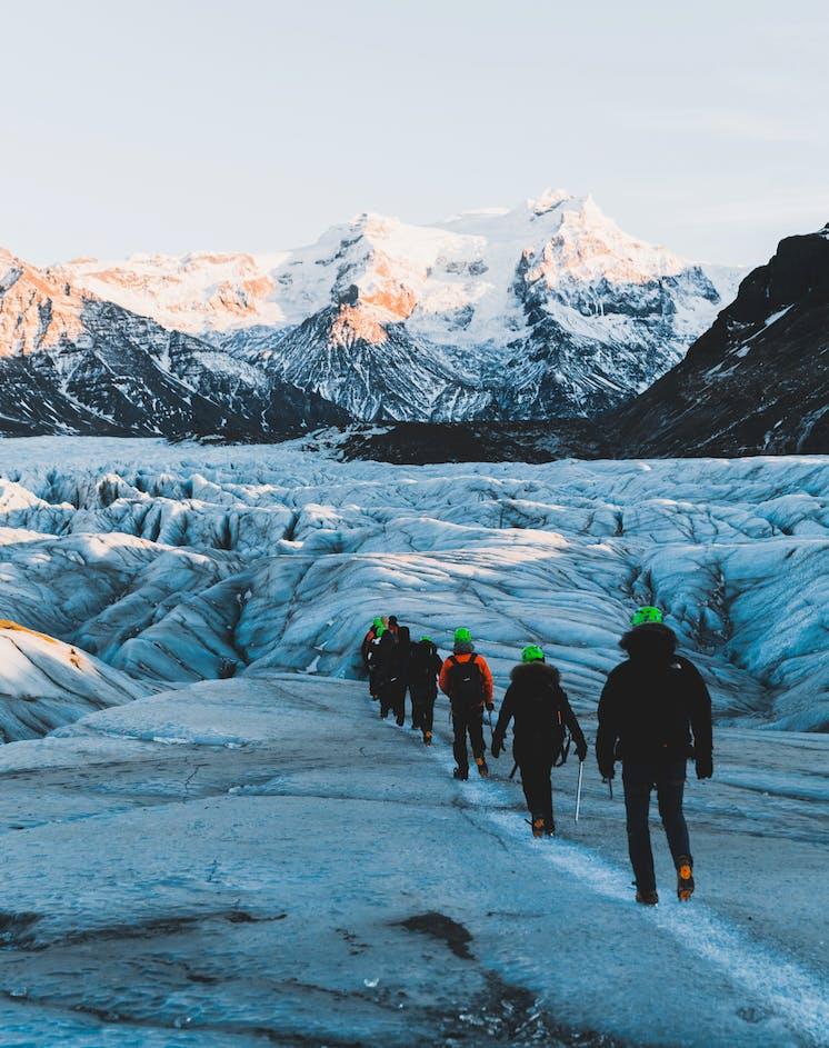 3in1 セット割 シュノーケリング、氷河の洞窟探検、氷河ハイキング体験