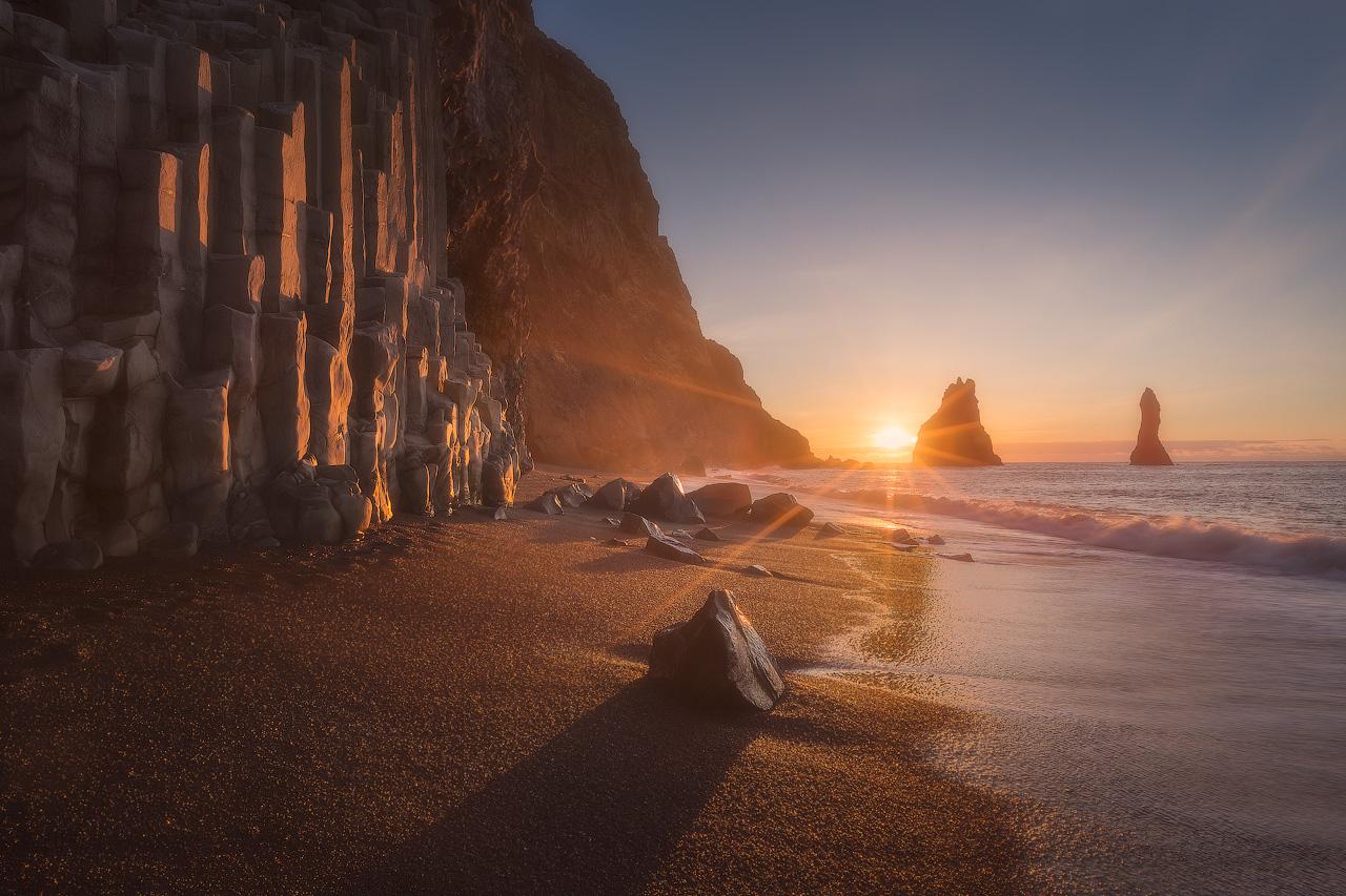 在早晨拍摄的Reynisfjara黑沙滩